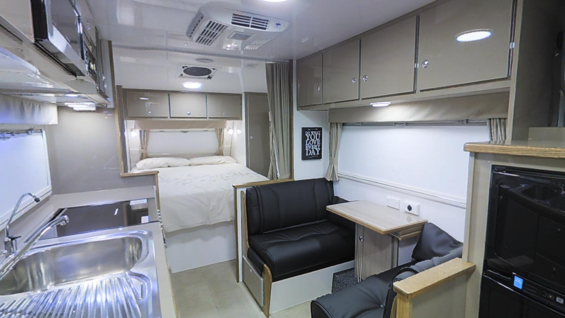 Tour Virtuale Cross Country Caravan